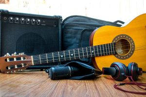 Best-Headphones-For-Guitar-Amps